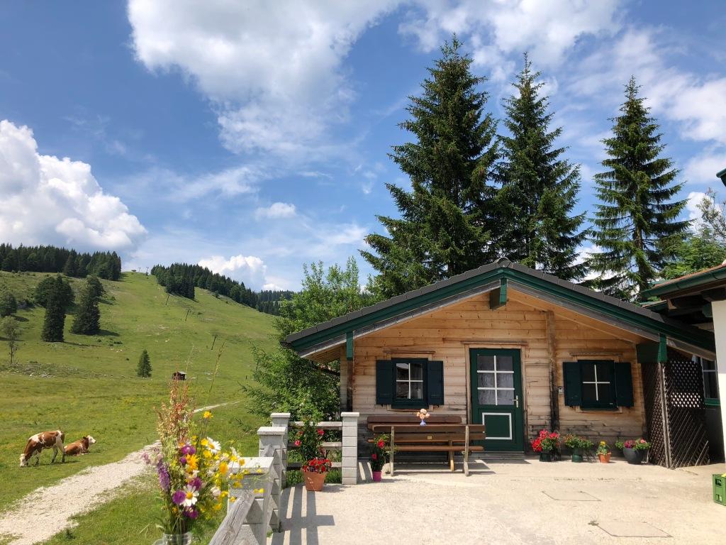 Postalm Lodge im Sommer